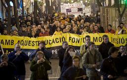 Protesta social contra la política educativa del Conseller